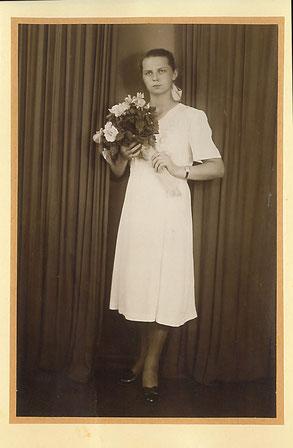 Выпускница школы в 1955 году