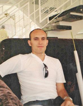 Ноэлю повезло — он вернулся в семью отца на Кубу и стал архитектором. 2012 г.