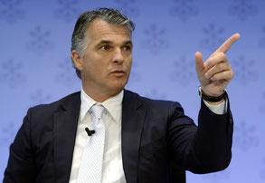 Strenger Blick von Sergio Ermotti. Bei der Verteilung der Boni ist der UBS-Chef weniger streng.
