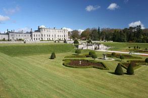 Blick auf die formale Gartenlandschaft im Powerscourt Garden