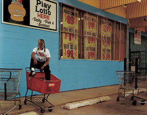"Taryn Simon: Ronald Jones. Scene of arrest, South Side, Chicago, Illinois. Served 8 years of a death sentence. Fotografie aus der Serie ""The Innocents"" (2003)"