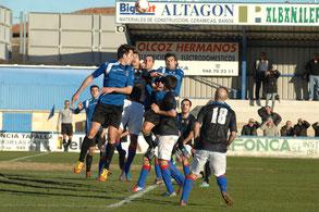 Imagen del encuentro ante el Amorebieta disputado el sábado pasado. Foto: www.peñasport.es