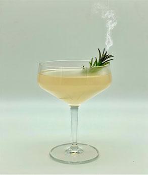 cantineros gentleman daiquiri, gentleman daiquiri, daiquiri, rosmarin, rosemary, kirschwasser, Bacardi carta blanca light rum, bacardi