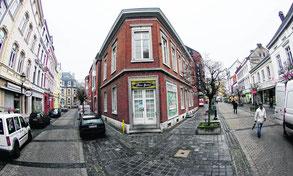Eine gastronomische Nutzung mit einem interessanten Restaurant ist angedacht für das markante Eckgebäude des neuen Rathaus-Carré an Steinweg und Sonnentalstraße. Foto: Jürgen Lange