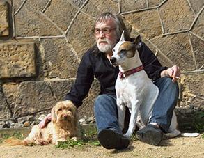 Axel Bethke mit Grassy (links) und Kira (rechts)