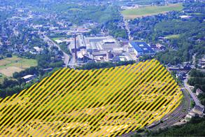 Ein Filetstück unter den Brachen sind die rund 18,6 Hektar zwischen der Münsterbach-, Eschweilerstraße und der Bahnlinie bis hin zur Kläranlage. Das Areal liegt strategisch günstig und ist verkehrstechnisch gut erschlossen.Foto: J. Lange/Grafik: H. Claßen