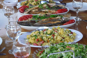 your-yacht.eu cabin charter fish dinner
