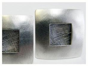 Eckige Ohrclipse Silber mit geschwärzter Struktur