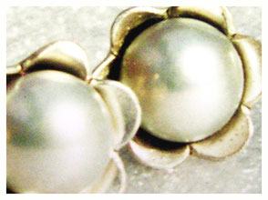 Silber Stecker, Blümchen mit Perle