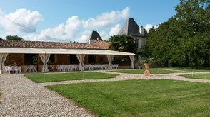 Grand espace qui va jusqu'aux vignes du Château la Hitte