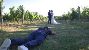 Mariés dans un vignoble de Gascogne