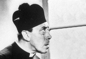 Film Don Camillo und Peppone, Fernandel, Pfaffenhut
