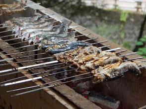 岩魚の塩焼きも名物。流しそうめんとセットで1,100円