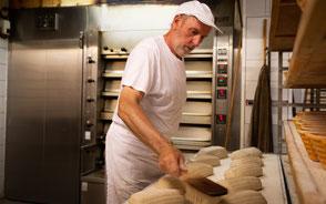Mehmann Handwerk Tradition Bäcker Brot