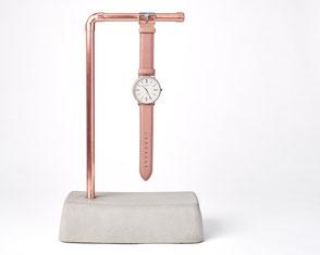 Beton Uhrenhalter für eine Armbanduhr