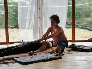 Thai Yoga Massage, Massagem, Terapia Holística, Cura, Cris Ninau
