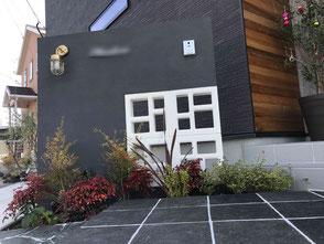 けこみステップ・自然石張ステップ・花ブロック・花ブロック白・ライティング