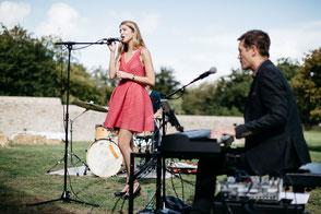 chanteuse & pianiste •duo chant piano •animation musique live événement soirée mariage repas anniversaire réception vin d'honneur lounge Rouen • Le Havre • Dieppe • SEINE-MARITIME • NORMANDIE