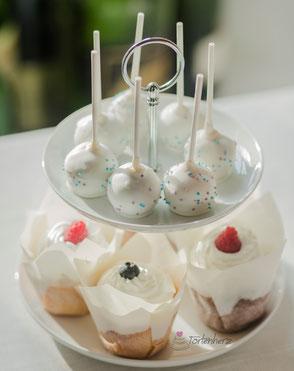 Tortenherz Hochzeits- Cupakes und Cake Pops