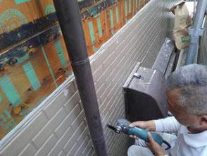 外壁サイディングからの雨漏り修理を伊丹市で行いました。