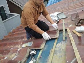 屋根の雨漏り修理を伊丹市で行いました。
