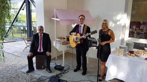 Hochzeitsband Bayreuth  - Musik beim Kuchenbuffet