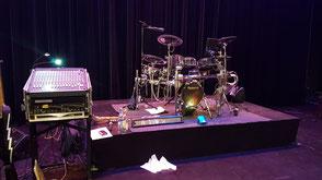 Hochzeitsband Dasing - Bühne mit Schlagzeugpodest