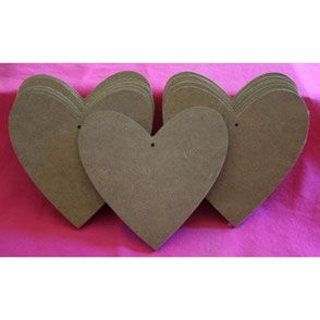 Support à décorer cœur en médium Hautes-Pyré,ées