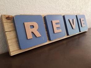 Plaque déco bois de palette lettres façon scrabble