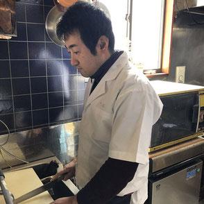 久松・店主の画像