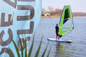 Windsurfen lernen in deiner Surfschule Kühlungsborn. Windsurfen lernen macht Spaß und ist in der Freizeit und dem Urlaub toll! Familienurlaub an der Ostsee. Buche jetzt deinen Windsurfkurs Ostsee!