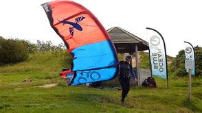 Oceanblue Watersports schult am Privatspot in Rerik am Kuhberg. Viel Platz im Stehrevier für deinen Kitekurs an der Ostsee