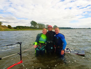 Kiten lernen im Kitekurs in der VDWS Ostsee Kiteschule Oceanblue Watersports- deine VDWS Surfschule an der Ostsee- Beste VDWS Wassersportschule an der Ostsee