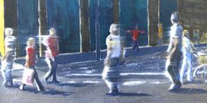 Menschen überqueren einen Zebrastreifen, 3