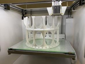 3D-Druck zwei pfeilverzahnte Zahnräder Dualdruck mit Tribomaterial und Standardmaterial