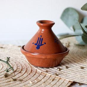 tajine en terre cuite-art de la table-vaisselle-décoration de table