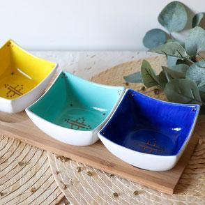 plateau apéritif-original-céramique-bleu-jaune-vert-motif géométrique