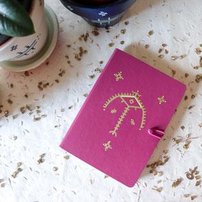carnet artisanal bordeaux et doré, original, motif tatouage berbère, papeterie, cadeau