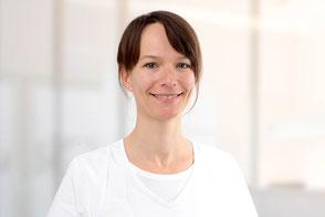 Zahnärztin Dr. Sylvia Hedrich, Blomberg, Wurzelkanalbehandlungen, Ästhetische Zahnheilkunde, Kinder- und Jugendprophylaxe