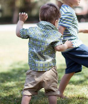 Jungenhemd mit Kroki