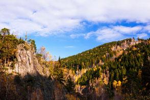 Okertal-im-Herbst, Marienwand, romantischer-Harz, Fesklippen, Harz, Granitfelsen, Wollsackverwitterung, wandern-im-Harz, Highlight-im-Harz, Harzfoto, Harz-Natur, Canonfotografie, Canon, Canon-16-35mm, Harzlandschaft