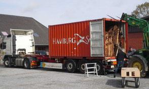 Kauri Tischplatten Transport nach Deutschland, Wurzelplatten für exklusive Designertische aus massivem Kauri Holz, unvergleichliche Massivholztische