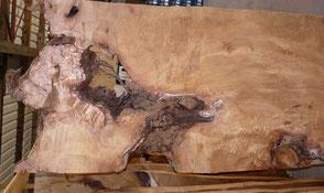 Wunderschöne Kauri Wurzel Tischplatte von Beaupoil für einzigartige Holztische exklusive Esstische imposante Konferenztische