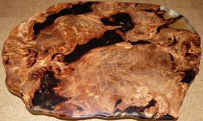 Designer Esstisch mit exklusiver Kauri Wurzel Tischplatte,  einzigartiger Naturholztisch unvergleichlicher Esstisch