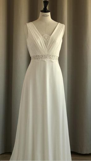 robe de mariée sans manches dentelle de calais fabrication francaise yvelines région parisienne