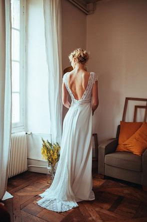 Robe de mariée bohème chic décolleté dos Elsa Gary Fabrication française Saint Germain en Laye Yvelines