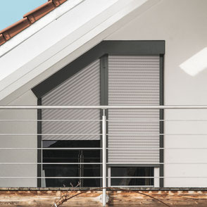 Shutter systems TRENDO of ROMA for sloping windows.