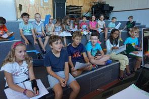 Ecole de musique EMC à Crolles - Grésivaudan : jeune chanteuse faisant le parcours ados.