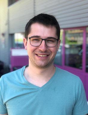Cyrill Rogenmoser Teilhaber der Rogenmoser Feinmechanik AG und Spezialist für CNC Frästeile