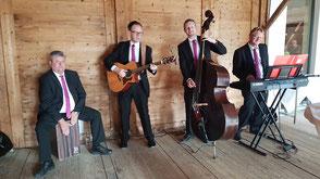 Hochzeitsband Ebersberg - Gästeempfang im Freien